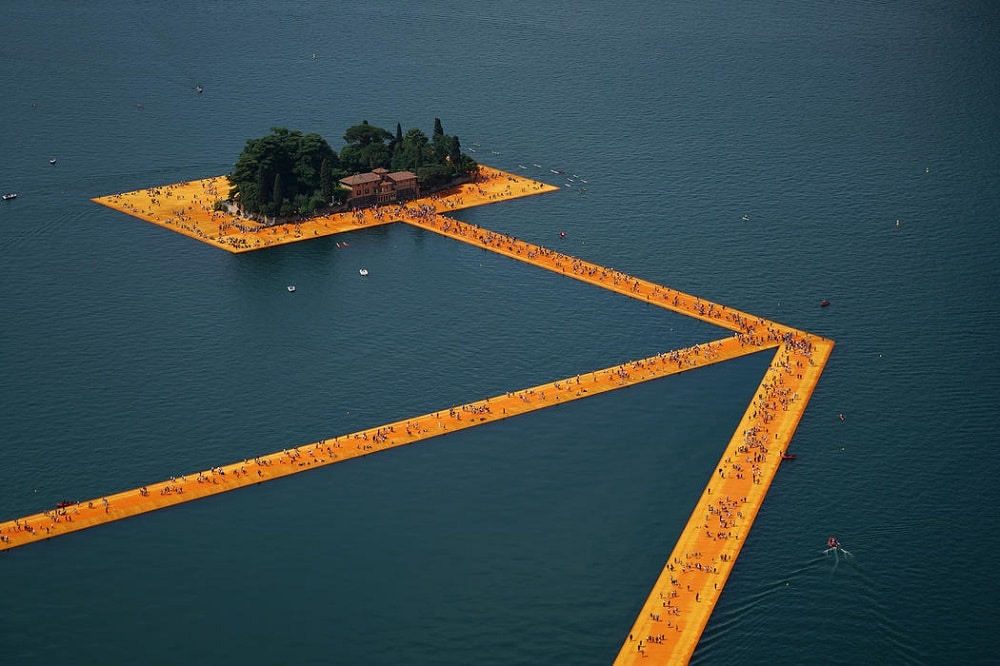 Floating piers di Christo sul Lago d'Iseo